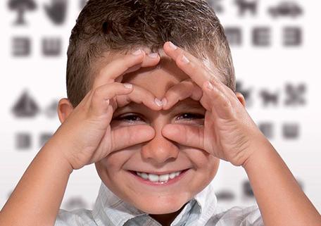 chicos anteojos